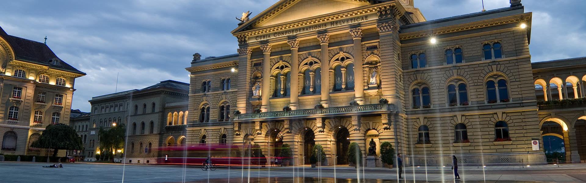 Politik - Volkswirtschaft Berner Oberland